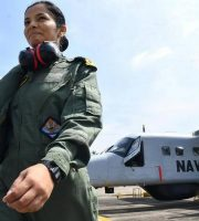 sub-lieutenant-shivangi-is-the-first-ever-woman-pilot-for-navy